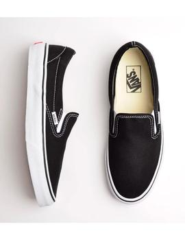 ZAPATILLA VANS CLASSIC SLIP-ON NEGRO