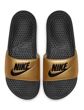 "CHANCLA NIKE BENASSI ""JUST DO IT."" MUJER DORADO"